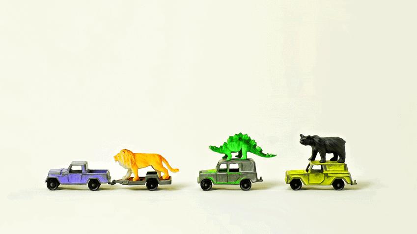 Imagem com brinquedos referenciando indiretamente a diversidade dentro do departamento financeiro